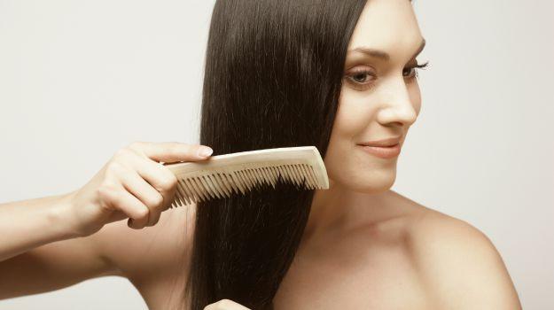 Kaju Fıstığı Yağı Saçın Büyümesine Yardımcı Olur.